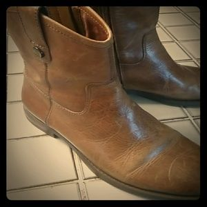 Vince Camuto Leather Short Boots 7.5